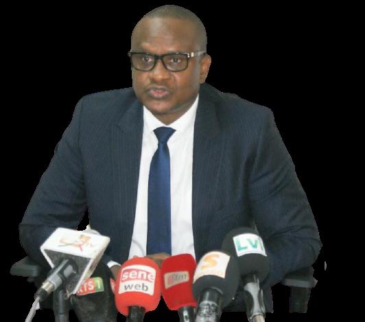 Lat Diop se déchaîne sur Adama Faye: «Il doit respecter sa sœur, qui se trouve être la Première dame du Sénégal»