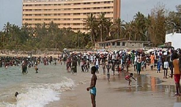 Arrivée de la canicule: Les plages, même celles interdites, prises d'assaut