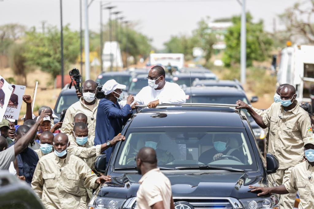 Tournée économique: L'arrivée de Macky Sall à Louga et Saint-Louis (Images)