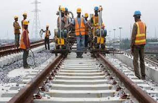 Chemin de fer jusqu'à Matam: Macky Sall « remet » Mayacine Camara « sur les rails »