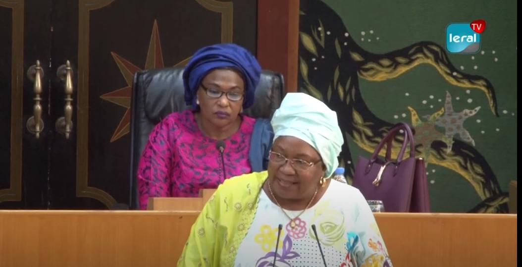 Golf Sud: Le maire Aïda Sow Diawara dans le viseur du mouvement «Agir ensemble»