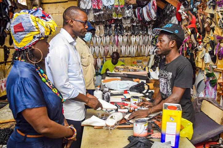 Soumbédioune et Médina: Ousmane Sonko et son staff en visite chez les artisans