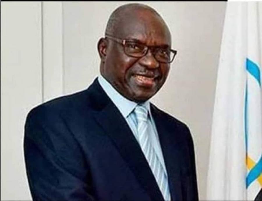 Condoléances: Macky Sall rend hommage à Youssou Ndiaye