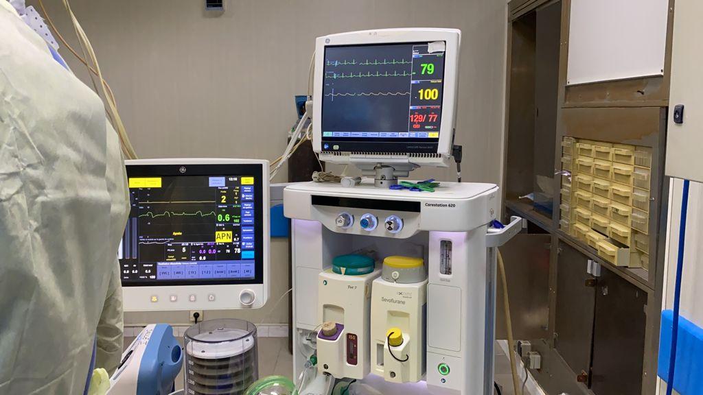 Couches défavorisées: Khadim Bâ finance un lourd matériel médical et amène un chirurgien américain pour des opérations gratuites