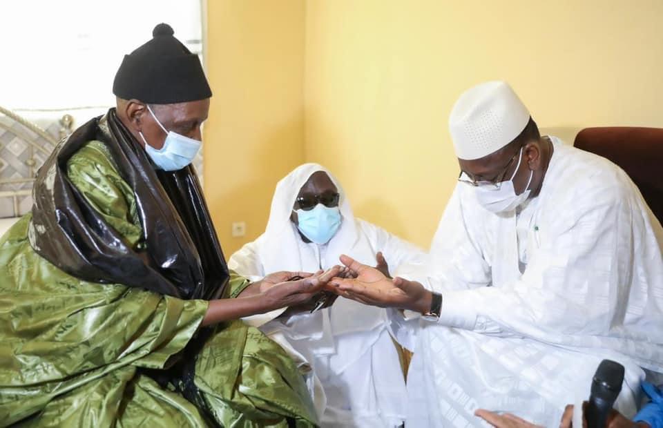 Condoléances: Macky Sall s'est rendu à Darou Mousty et Darou Miname