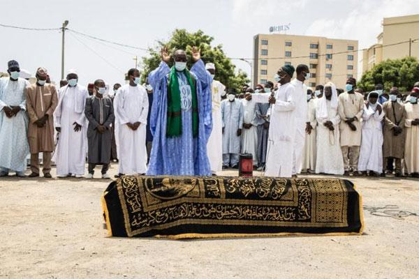 Levée du corps de Hissène Habré: Pourquoi les autorités sénégalaises et consulaires du Tchad, ont brillé par leur absence ?
