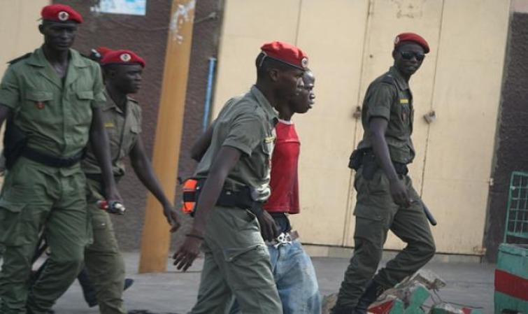 Guédiawaye: La Police et la Gendarmerie interpellent 378 personnes pour...