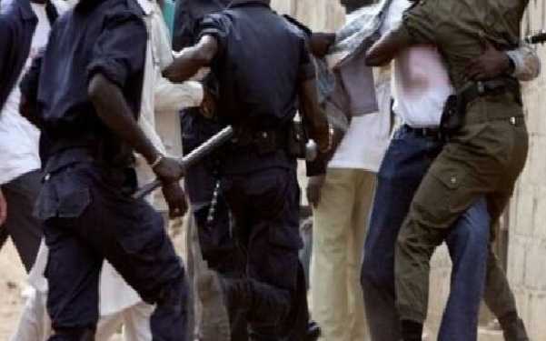 Ziguinchor sur des braises vendredi dernier: Bataille rangée entre militants de Pastef et de l'APR à la Préfecture
