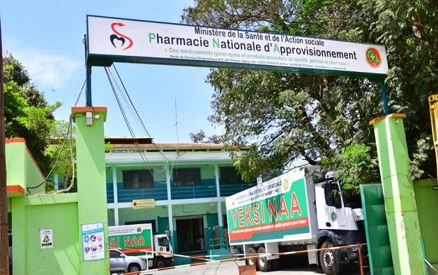 Contre un présumé bradage de la Pharmacie nationale d'approvisionnement : And Gueusseum alerte