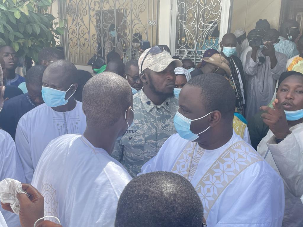 """Touba / Serigne Mountakha à la délégation de YAW: """"Je vous dois une dette..."""""""