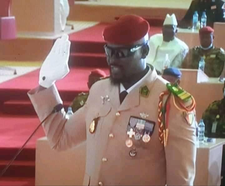 Guinée: Le Colonel Mamady Doumbouya a prêté serment, il promet de ne pas se présenter à l'élection présidentielle