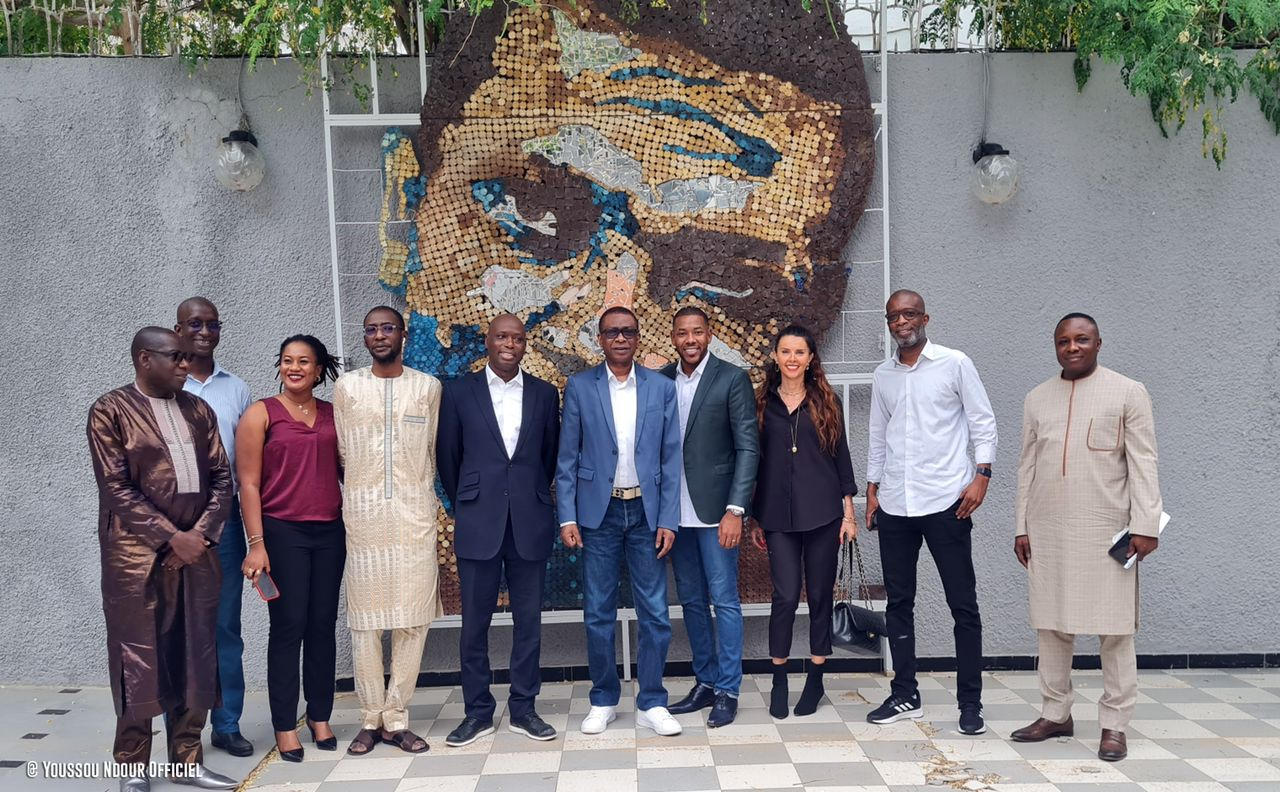 Youssou Ndour signe chez Universal Music Africa