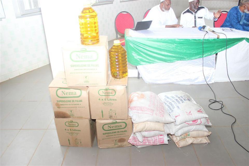 Solidarité: L'Agence des musulmans d'Afrique distribue des dons à 2000 familles démunies