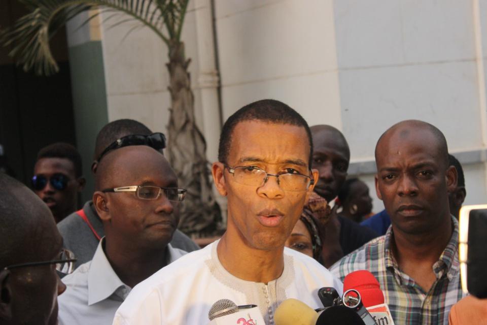Rejet du règlement intérieur de l'Assemblée nationale : Des jeunes socialistes désapprouvent la sortie d'Alioune Ndoye et de Bamba Fall
