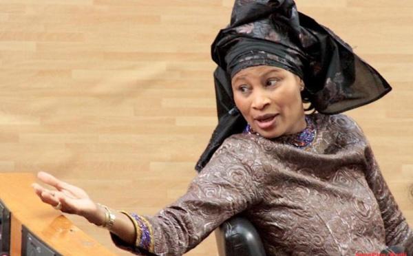 Audition du maire de Dakar Plateau : Me Aissata Tall Sall était à la Sûreté urbaine pour soutenir Alioune Ndoye