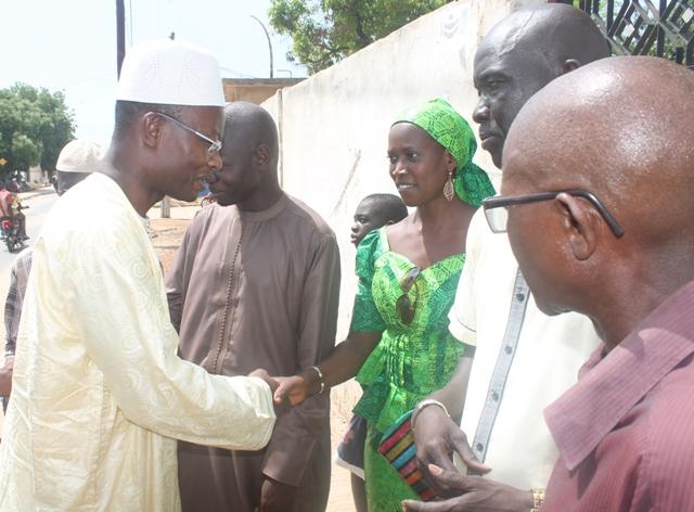 Thiès- Me Moussa Diop fait des dons aux orphelins