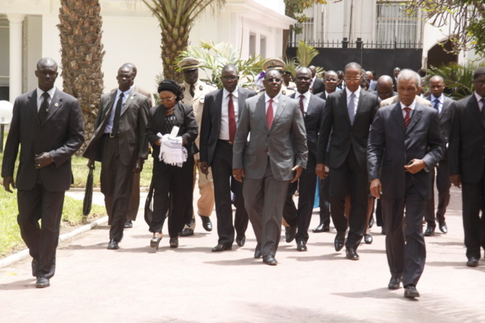 Par conviction......Ces ministres plus politiciens que ministres !