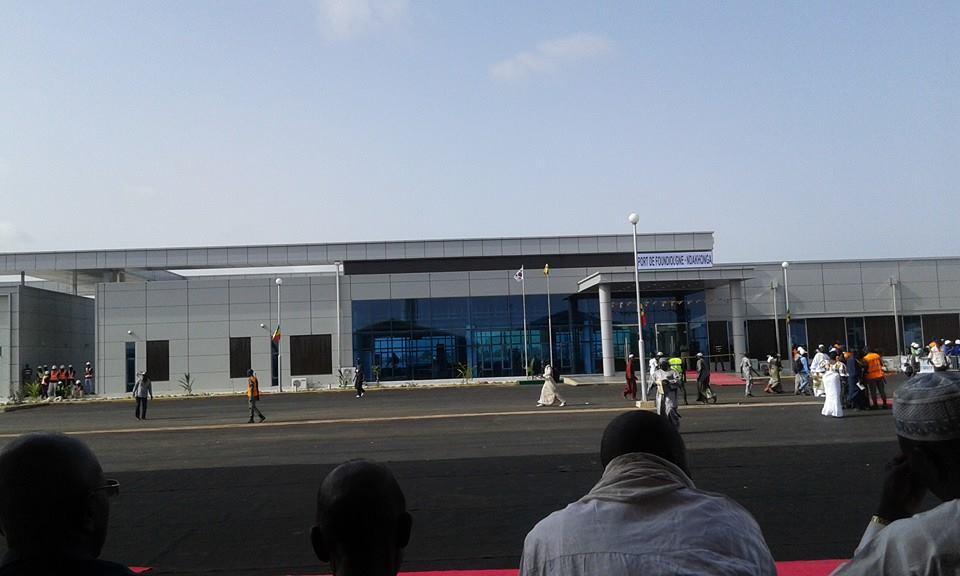 Inauguration du port Foundiougne-Ndakhonga : Le Président s'éclipse en pleine cérémonie pour répondre au téléphone