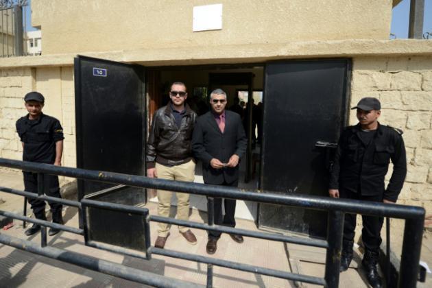 Egypte: report du verdict dans le procès de 3 reporters d'Al-Jazeera