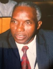 Les jeteurs de pierres au Président de la République ont tort, leurs souteneurs éventuels aussi-Pr Demba Sow