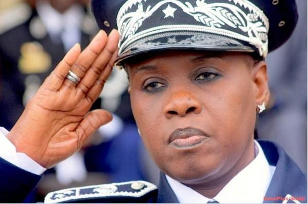 Visite du Président à l'Ucad : Anna Sémou Faye, très en colère, dément une quelconque défaillance des RG