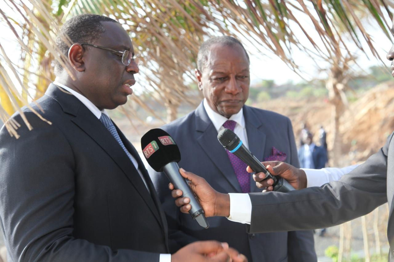 Relations entre le Sénégal et la Guinée : Wade et Ebola, les tâches noires de l'axe Conakry-Dakar