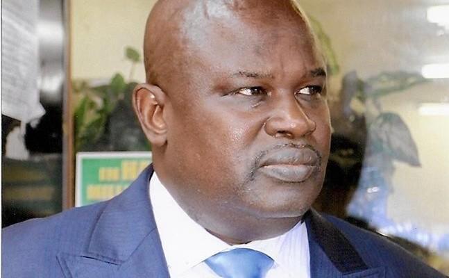Attaques du Président guinéen contre Wade : Cheikh Mbacké Samb déclasse le dossier Alpha Condé