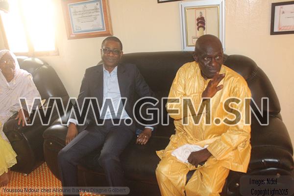 Youssou Ndour chez Golbert Diagne pour présenter ses condoléances