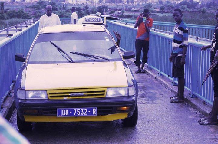 Le taximan, Ousseynou Diop, de la passerelle piétonne parle : « J'ai été influencé par les autres conducteurs et passants »