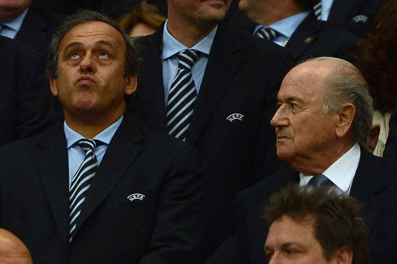 Blatter vs Platini : Platini sèche la fête de Blatter
