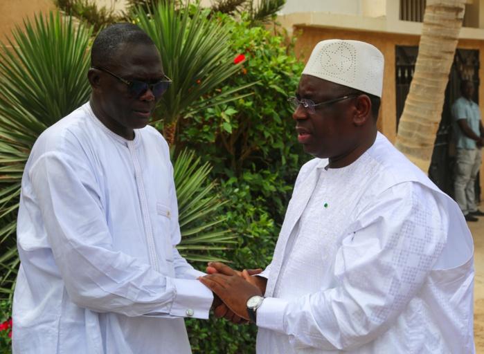 Manœuvres au Palais : Macky Sall en conciliabules avec les ministres conseillers Benoît Sambou et Mor Ngom et le député Moustapha Diakhaté