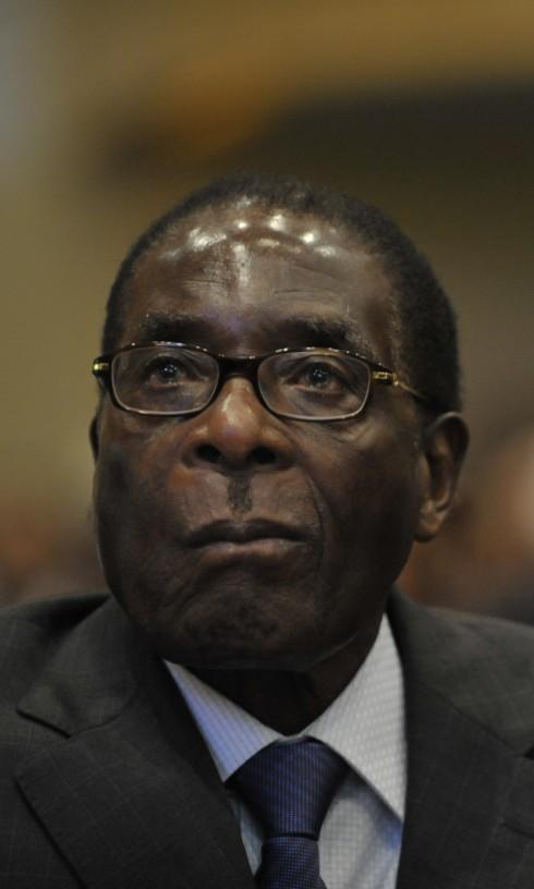 8. ROBERT MUGABE –  7,9 MILLIONS D'EUROS (ZIMBABWÉ)