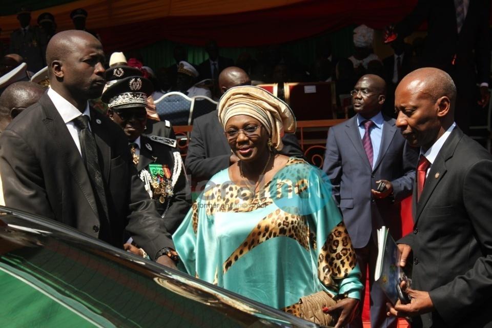 Peur à la Mairie de Dakar : Aminata Tall pique une crise, vomit comme pas possible et est évacuée d'urgence