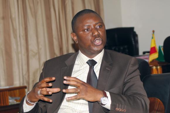 Non Mamadou lamine Keita, c'est ton groupe et toi qui manquez de qualités et d'énergies pour vous battre