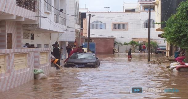 Les inondations, une patate chaude refilée à Macky !