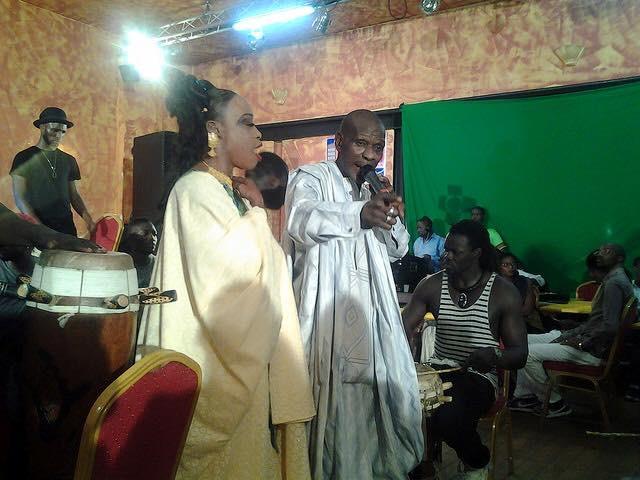 Mounirou Sy, Dg du Bsda, très élégant à la nuit de la lutte organisée par Alioune Petit Mbaye