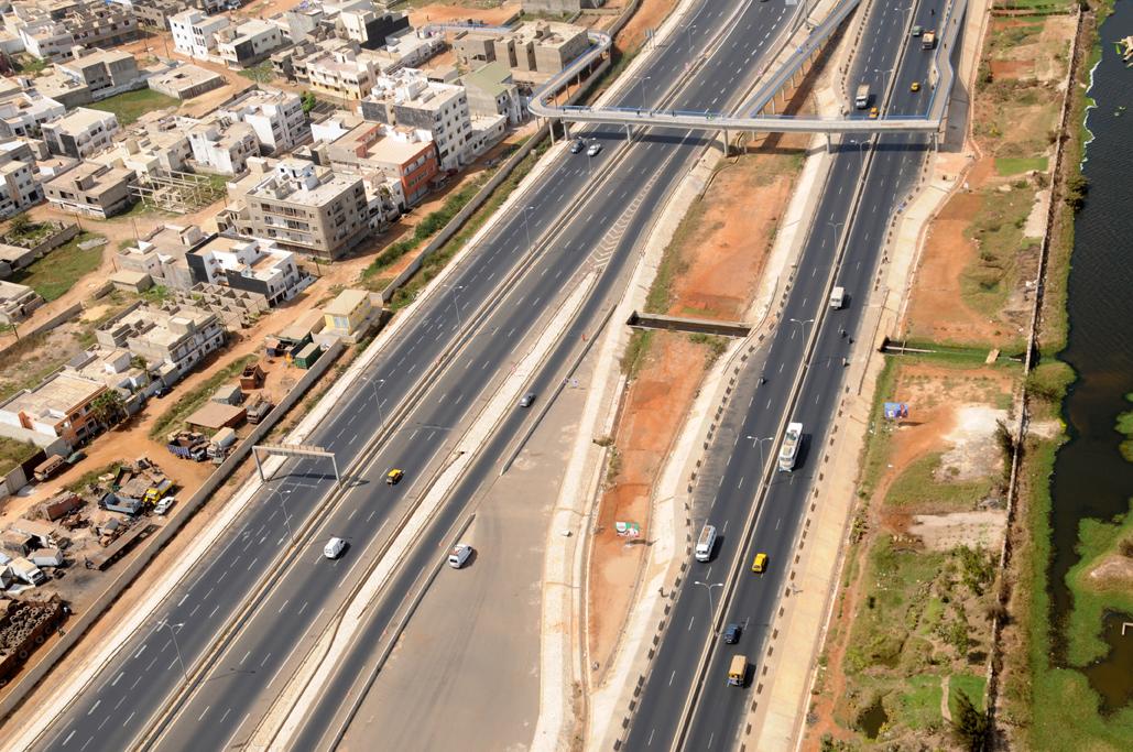 Passerelles à Dakar: feu rouge sur l'indiscipline des piétons