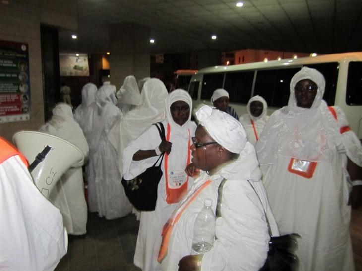 Vidéo - Les larmes des pélerins bloqués à Dakar