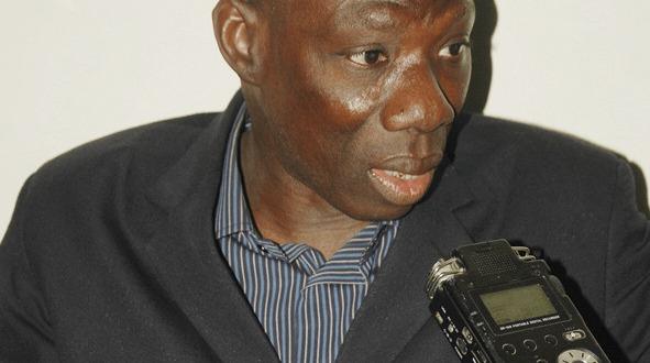 """Abdoul Aziz Diop, coordonnateur du Forum civil sur la criminalité à Thiès : """"Il faut mettre la ville sous vidéo-surveillence"""""""