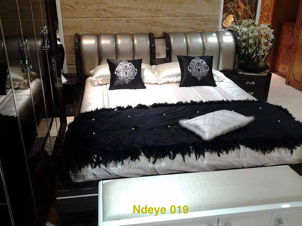 particulier vend des chambres coucher salon 100 cuir des tables basses et vaiselliers etc. Black Bedroom Furniture Sets. Home Design Ideas