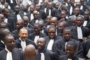 Tribunal de grande instance de Dakar : Une audience interrompue pour une séance de dédicace d'un livre, l'Ajas dans tous ses états