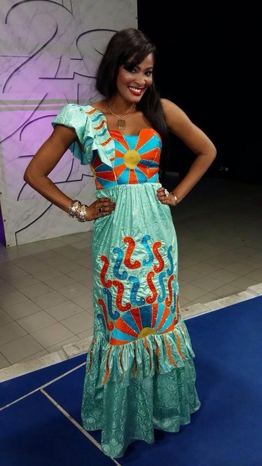 Soumboulou Bathily très classe dans sa belle robe
