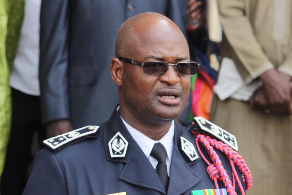 Photos - Police nationale : Exit Anna Sémou Faye, Abdoulaye Daouda Diallo installe Oumar Maal
