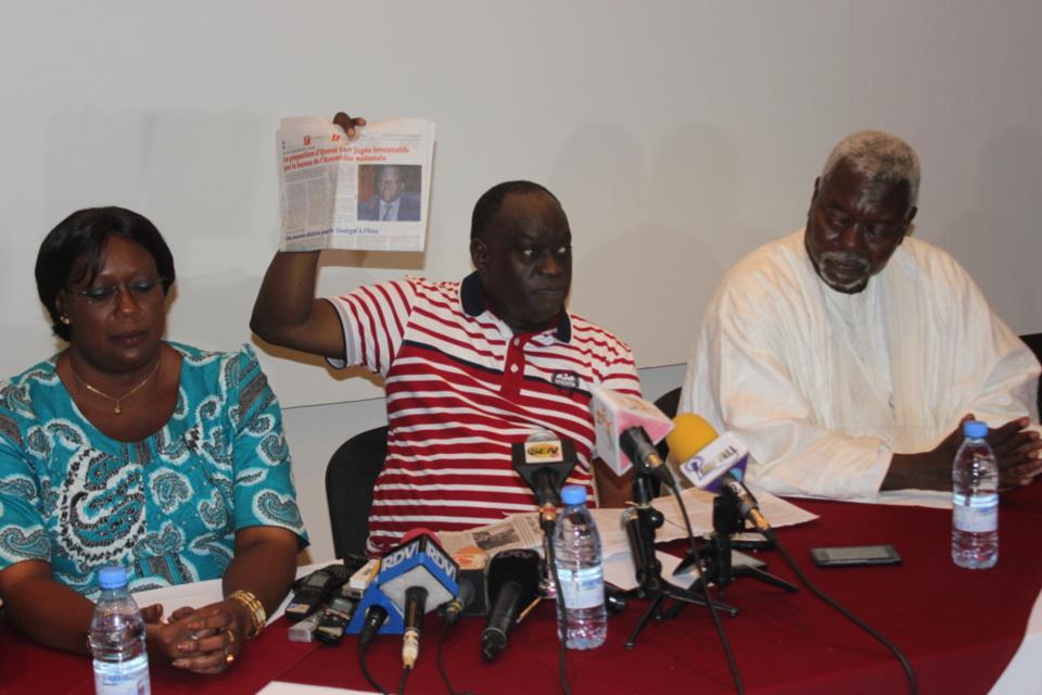 """Me El Hadji Diouf : """"L'Assemblée nationale est bloquée... Moustapha Niasse y a semé le bordel"""""""