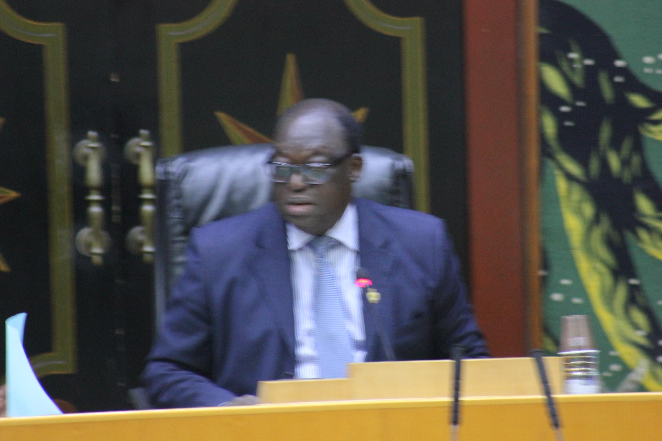 L'Assemblée nationale entre les traditions parlementaires et l'application de son règlement intérieur ( Alioune Souaré, Ancien député )