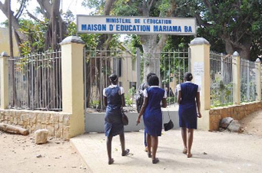 Concours d'entrée à Mariama Bâ : Des parents d'élèves dénoncent des magouilles, le Dexco botte en touche
