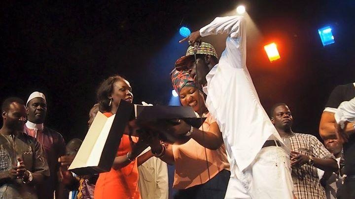 """Arrêt sur images: Le cadeau d'anniversaire de  Ndongo J de """"Daara ji Family"""""""