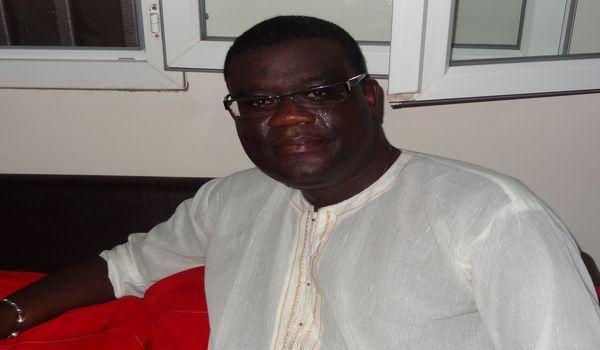 """""""La dissolution de l'Assemblee nationale est une exigence légitime"""", selon le journaliste Samba Kara Ndiaye"""