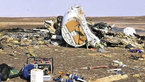 """Crash de l'avion russe : L'hypothèse d'un attentat à la bombe """"fortement privilégiée"""""""