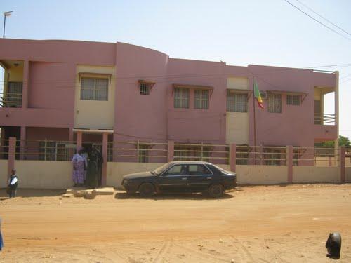 Le maire de Malika sur l'affaire « Afrique Santé » : « On a réagi aux besoins de la population... »